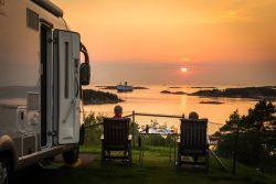 Säkra din campingsemester redan nu – med Sveriges största campingkedja