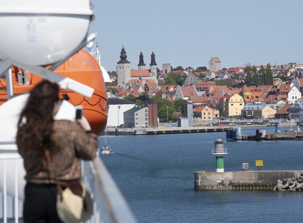 NYNÄSHAMN 20200602 Visby hamn. Hela ekonomin på Gotland är beroende av sommarens turism – regeringens besked om sommarens resor blir alltså helt avgörande. Hittills har företag förlorat allt, och om turisterna fortsätter att utebli väntas konkurser och arbetslöshet. Foto: Fredrik Sandberg / TT kod 10080