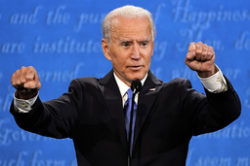 Demokraternas presidentkandidat Joe Biden under debatten.