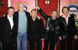Michael Palin, John Cleese, Terry Jones, Terry Gilliam och Eric Idle vid en premiär 2009. Arkivbild.